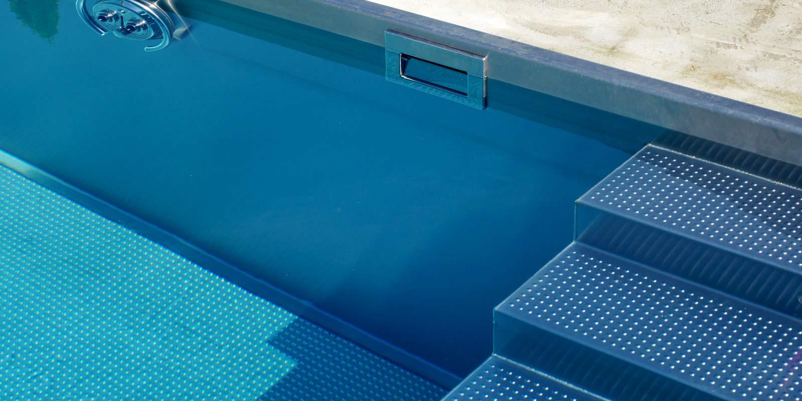 Nerezový bazén - Domácí wellness