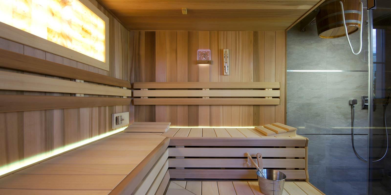 Luxusní prosklená bio-sauna s ochlazovnou