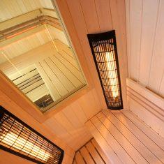 Sauna a infrasauna propojené oknem