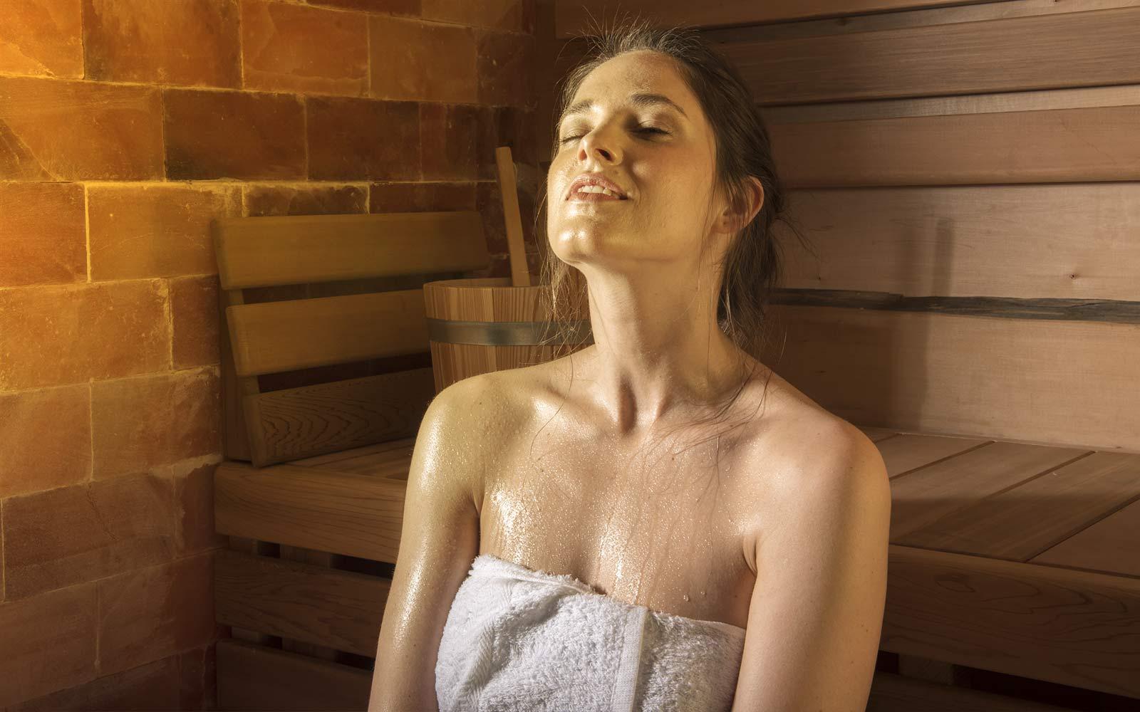 Pravidelné saunování vám pomůže zvládat období viróz, nachlazení a chřipek