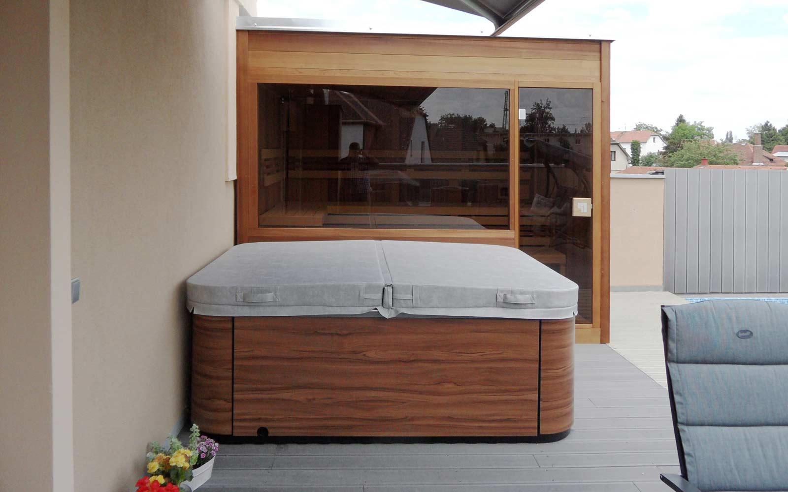 Domácí wellness - sauna Native a venkovní vířivka Aqualife Touch